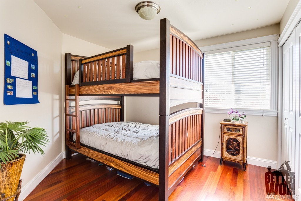 Exotic Wood Bunk Beds